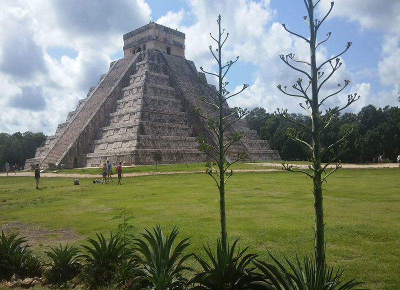 Singles Equinoccio en Riviera Maya