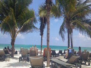 Viaje grupo singles, Relax en la pa playa