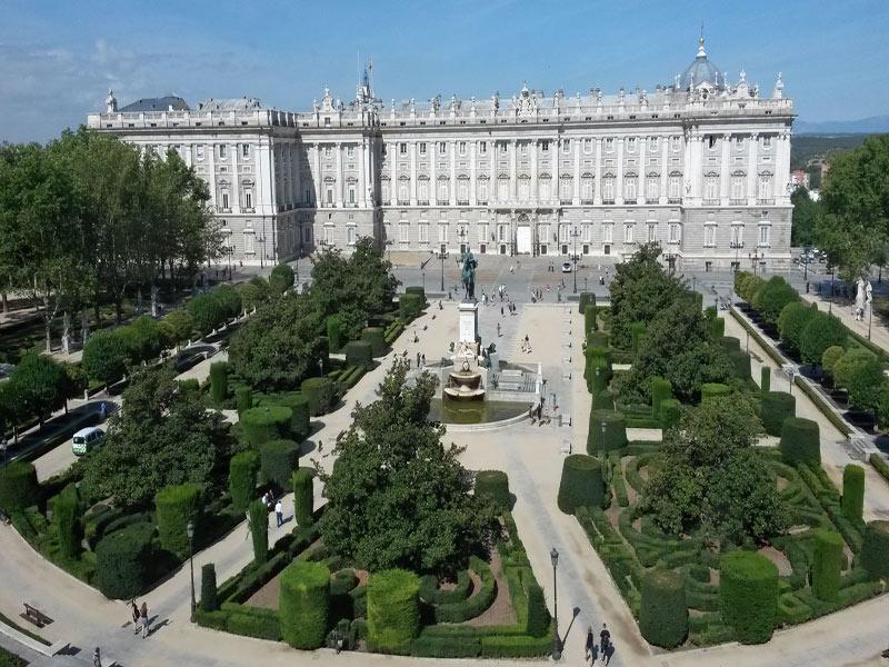 Madrid y su palacio Real Singles