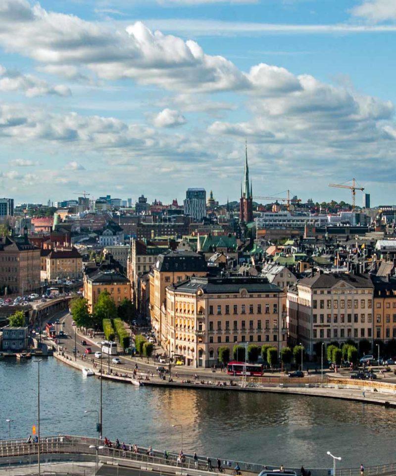 Grupos y Singles en las capitales Bálticas