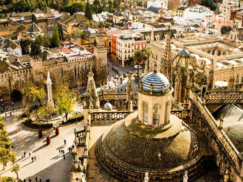 Visitando Sevilla en grupo de Singles