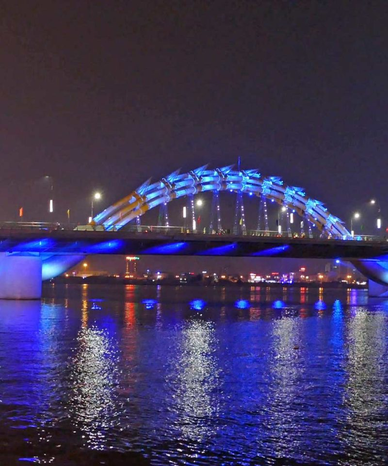 Viaje-a-Vietnam- Danang-dragon-bridge