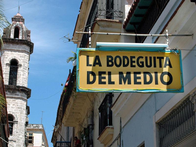 Disfrute del Mojito en la bodeguita del medio, Habana Viaja