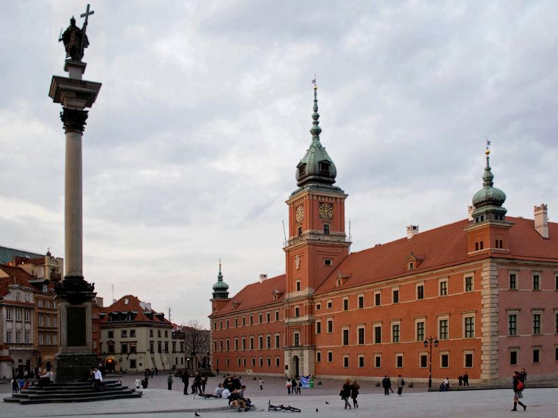Visitando Varsovia en grupo singles