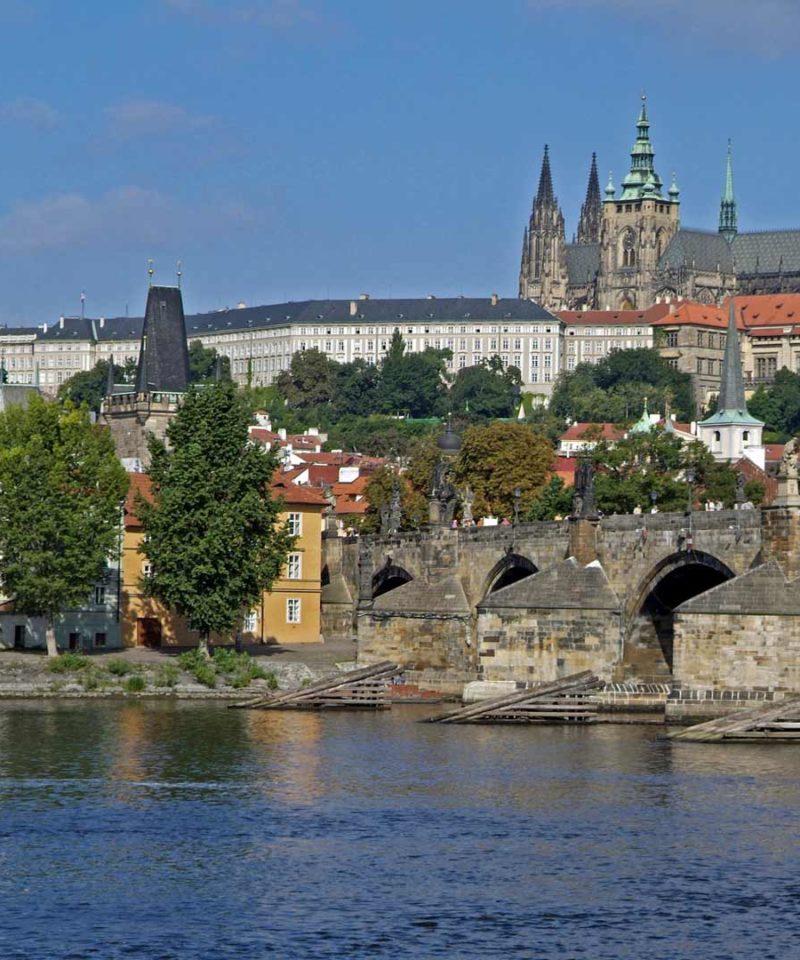 Misterios de Praga y Bohemia Singles