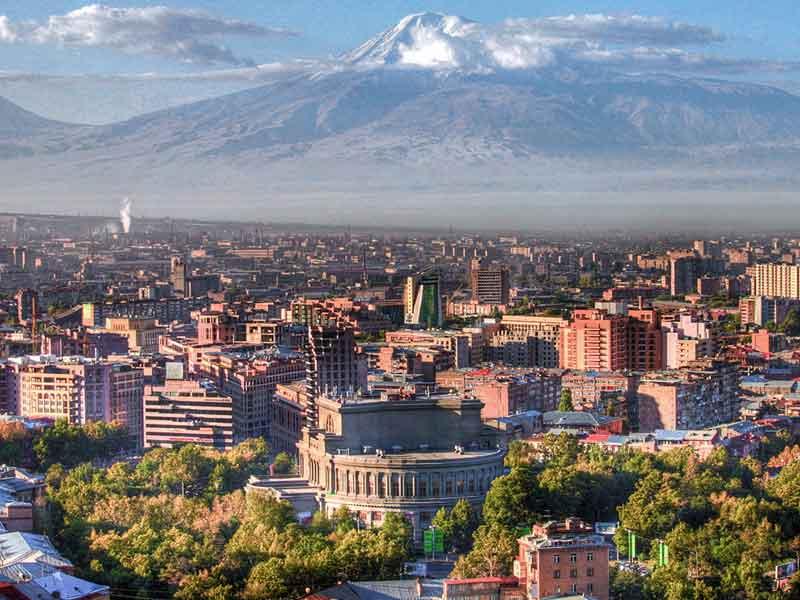Vista general de Ereván, viaje singles